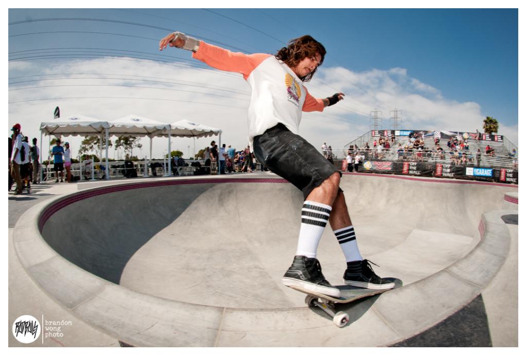Adrian Hernandez vans skatepark hunting beach